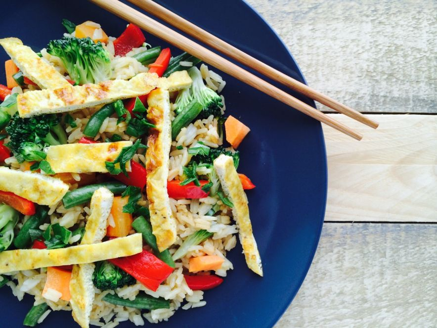 Vegetarian Fried Rice with Grilled Capsicum & Eggy Strips